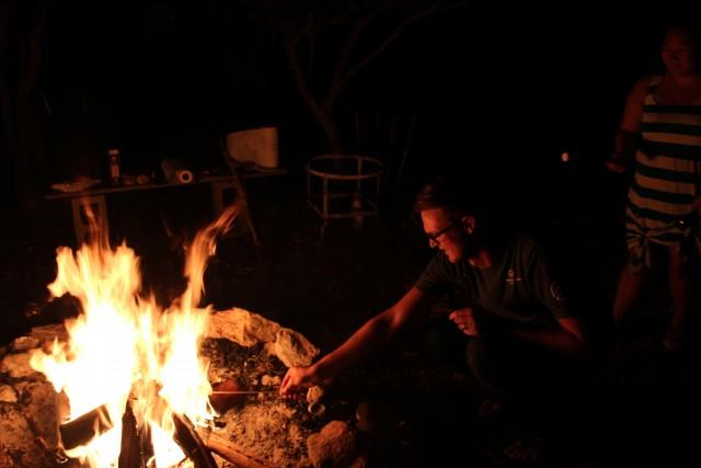 frio river fire s'mores