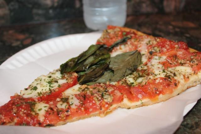 relationship blog travel blog nyc pizza