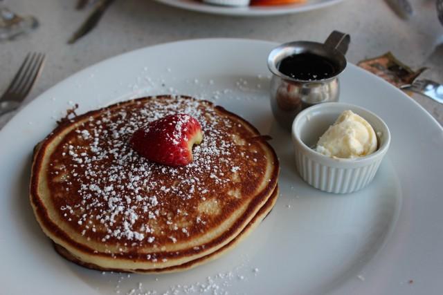 relationship blog travel palm springs pancakes lulus