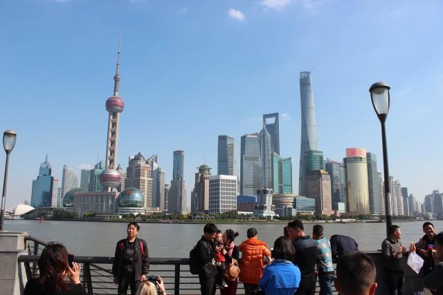 shanghai bund walkway