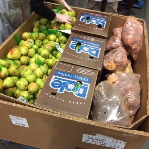 oregon food bank preparing bins