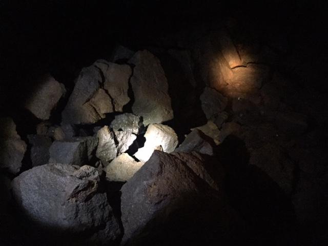 ape cave rock pile